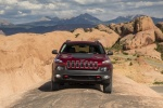 Picture of 2017 Jeep Cherokee Trailhawk 4WD in Deep Cherry Red Crystal Pearlcoat