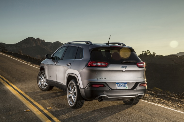 2018 Jeep Cherokee Limited 4WD Picture