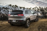Picture of a 2018 Jeep Cherokee Trailhawk 4WD in Billet Silver Metallic Clearcoat from a rear right three-quarter perspective