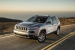 Picture of a 2018 Jeep Cherokee Limited 4WD in Billet Silver Metallic Clearcoat from a front left three-quarter perspective