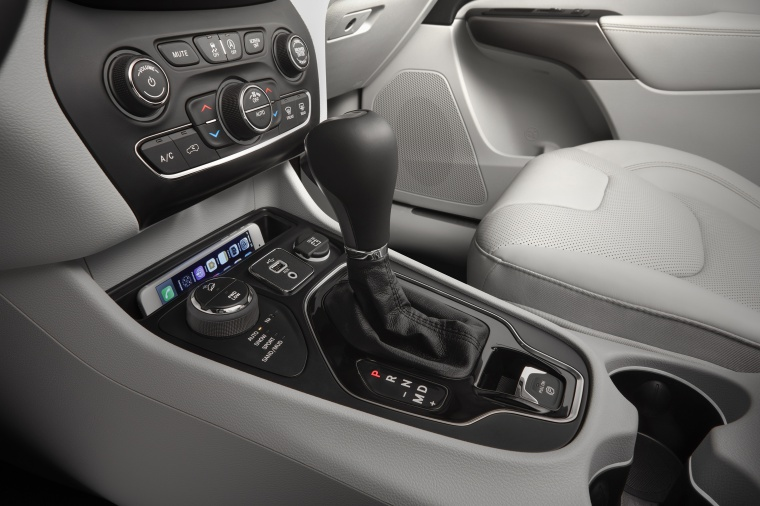 Picture of a 2020 Jeep Cherokee Limited 4WD's Center Console
