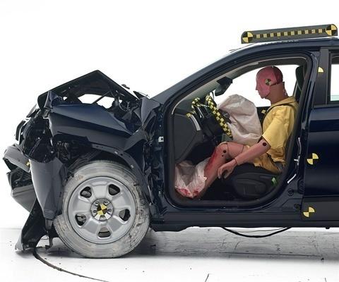 2020 Jeep Cherokee IIHS Frontal Impact Crash Test Picture