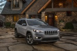 Picture of a 2020 Jeep Cherokee Limited 4WD in Billet Silver Metallic Clearcoat from a front right perspective