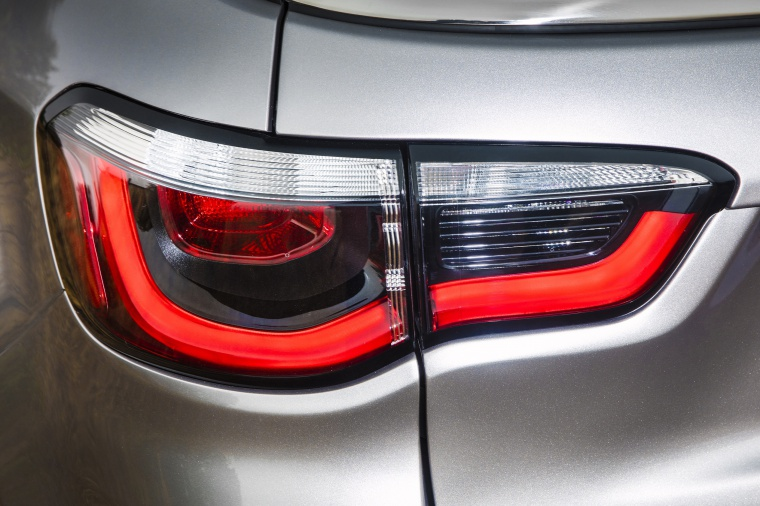 2019 Jeep Compass Limited 4WD Tail Light Picture