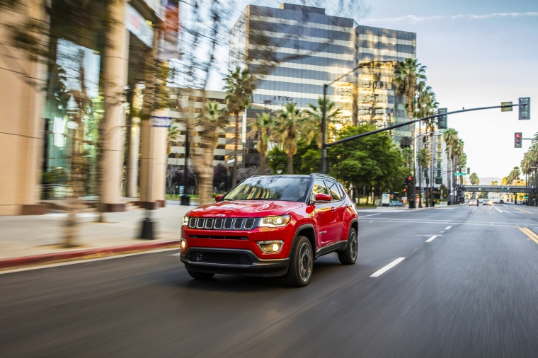 Picture of a 2020 Jeep Compass Limited 4WD in Redline Pearlcoat from a front left three-quarter perspective