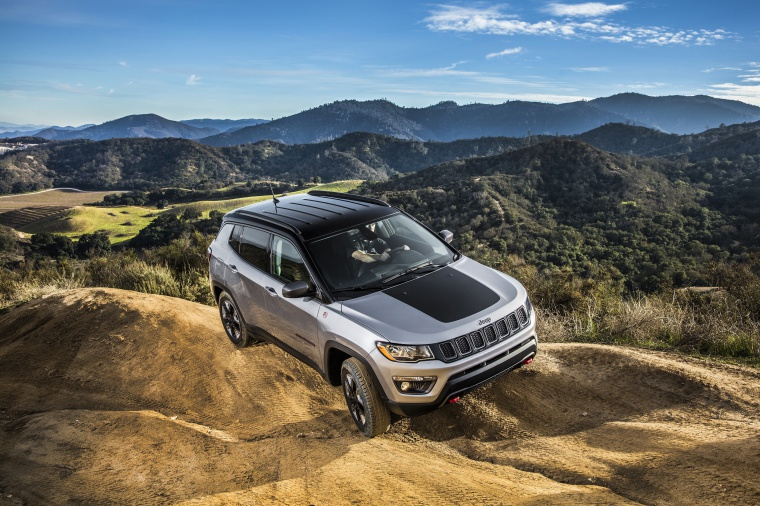 2020 Jeep Compass Trailhawk 4WD in Billet Silver Metallic Clearcoat from a front right three-quarter view