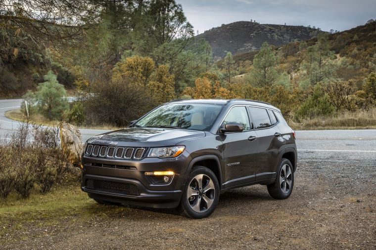 2020 Jeep Compass Latitude 4WD Picture