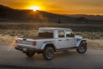 2020 Jeep Gladiator Crew Cab Overland 4WD in Billet Silver Metallic Clearcoat - Static Rear Right Three-quarter View