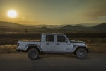 2020 Jeep Gladiator Crew Cab Overland 4WD in Billet Silver Metallic Clearcoat - Static Right Side View
