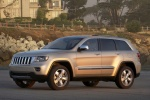 2011 Jeep Grand Cherokee Limited 4WD in White Gold Clearcoat - Static Front Left Three-quarter View
