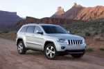 2013 Jeep Grand Cherokee in Bright Silver Metallic Clearcoat - Static Front Right Three-quarter View