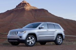 2013 Jeep Grand Cherokee in Bright Silver Metallic Clearcoat - Static Left Side View