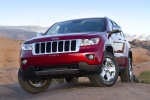 2013 Jeep Grand Cherokee Limited 4WD in Deep Cherry Red Crystal Pearlcoat - Static Front Left View