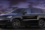 2013 Jeep Grand Cherokee Overland 4WD in Brilliant Black Crystal Pearlcoat - Static Front Left Three-quarter View