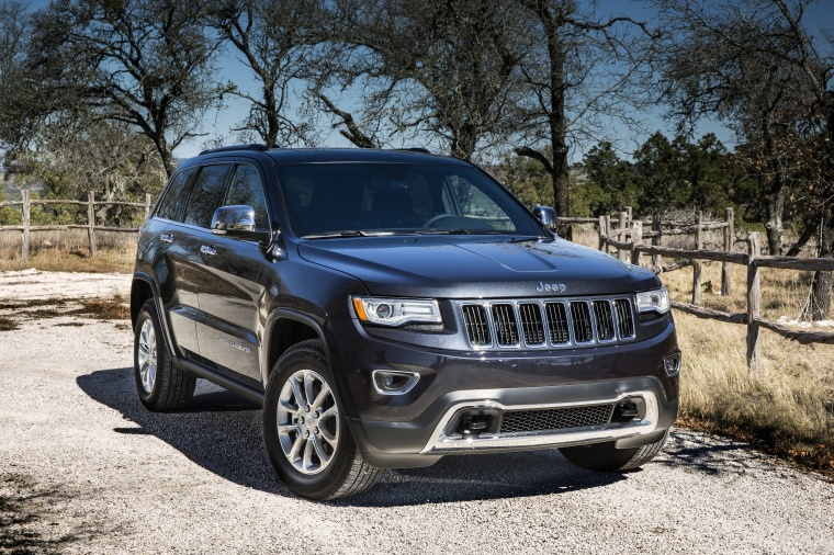 2016 Jeep Grand Cherokee Limited Sel 4wd In Granite Crystal Metallic Clearcoat From A Front Right