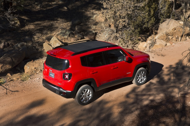 2016 Jeep Renegade Latitude 4WD in Colorado Red from a rear right three-quarter top view