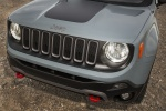 2016 Jeep Renegade Trailhawk 4WD Front Fascia