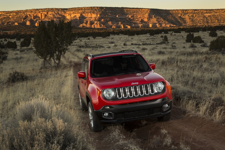 2017 Jeep Renegade Latitude 4WD in Colorado Red from a front right view