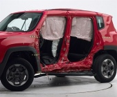 2017 Jeep Renegade IIHS Side Impact Crash Test Picture