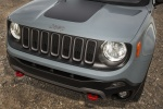 Picture of a 2018 Jeep Renegade Trailhawk 4WD's Front Fascia
