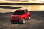 Picture of a 2018 Jeep Renegade Latitude 4WD in Colorado Red from a front left perspective