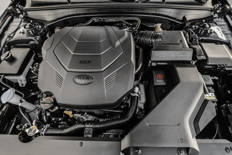 2017 Kia Cadenza 3.3-liter V6 Engine Picture