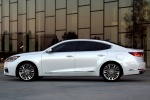 2017 Kia Cadenza in Snow White Pearl - Static Side View