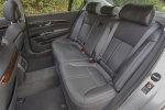 Picture of 2015 Kia K900 Rear Seats in Black