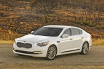 2015 Kia K900 in Snow White Pearl - Static Front Left View
