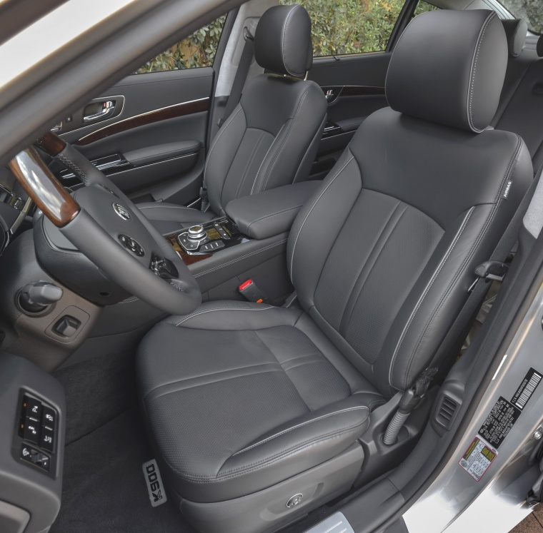 2016 Kia K900 Luxury V8 Front Seats Picture