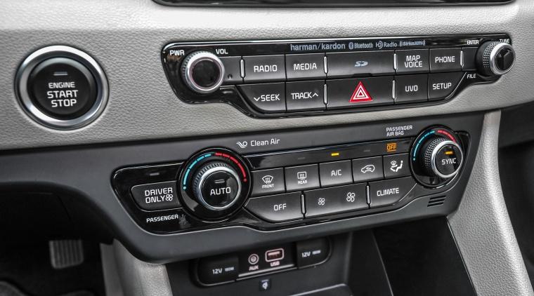 2018 Kia Niro Touring Hybrid Center Stack Picture