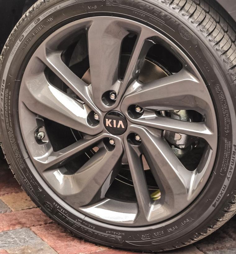 2018 Kia Niro Touring Hybrid Rim Picture