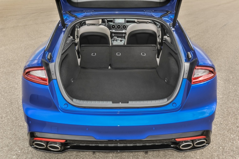2018 Kia Stinger GT Trunk Picture