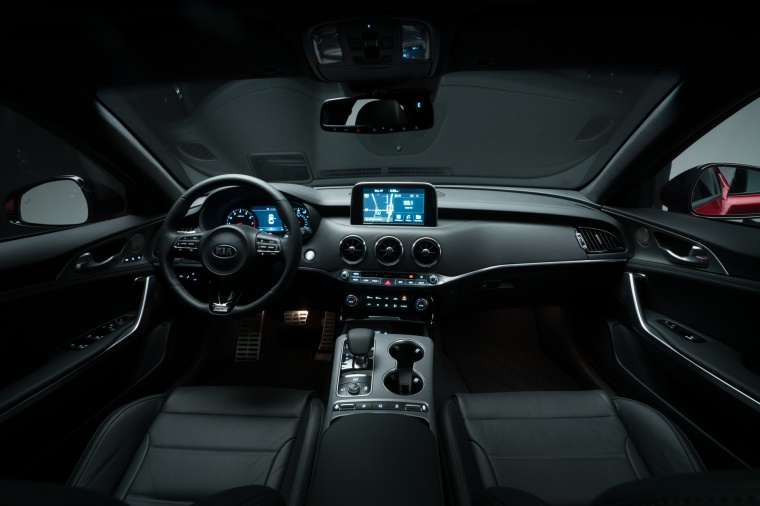 2018 Kia Stinger GT Cockpit Picture