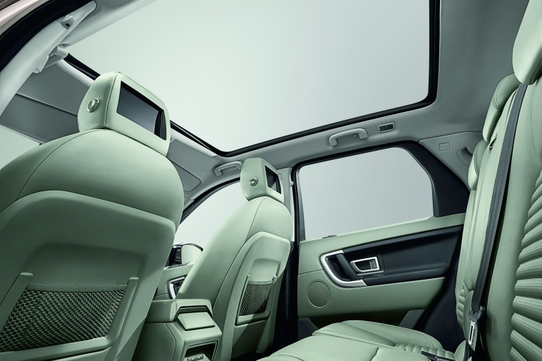 2018 Land Rover Discovery Sport HSE Luxury Sunroof Picture