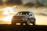 Picture of a 2018 Land Rover Discovery Sport HSE Luxury from a front left perspective