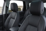Picture of a 2018 Land Rover Discovery Sport HSE Luxury's Front Seats