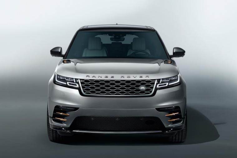 Picture of a 2020 Land Rover Range Rover Velar P380 R-Dynamic HSE in Silver from a frontal perspective