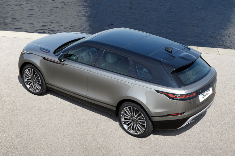 Picture of a 2020 Land Rover Range Rover Velar P380 R-Dynamic HSE in Silver from a rear left three-quarter top perspective