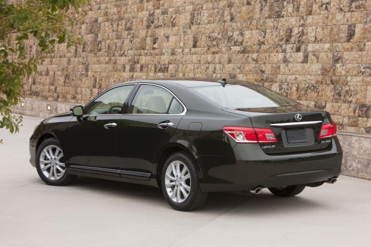 2010 Lexus ES 350 Picture