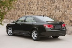 2010 Lexus ES 350 in Peridot Mica - Static Rear Left Three-quarter View