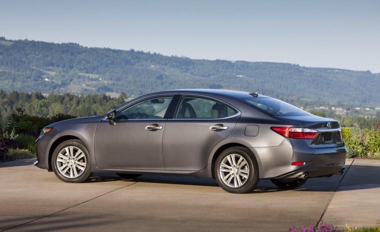 2014 Lexus ES 350 Sedan Picture