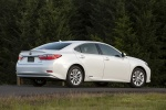 2014 Lexus ES 300h Hybrid Sedan in Starfire Pearl - Static Rear Right Three-quarter View