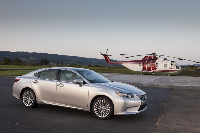 2015 Lexus ES 350 Sedan Picture