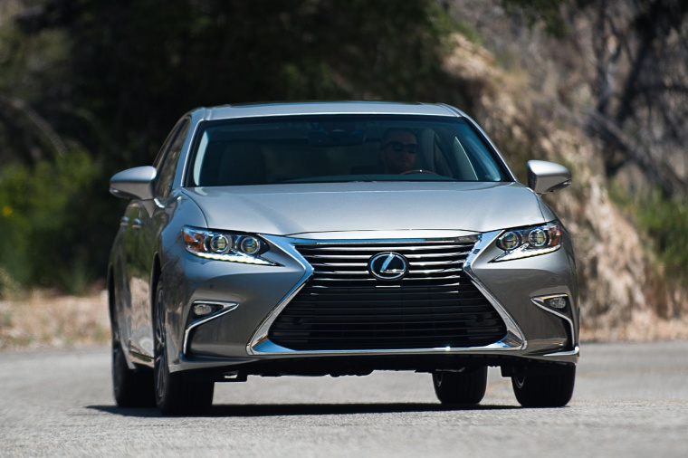 2016 Lexus ES 350 Sedan Picture