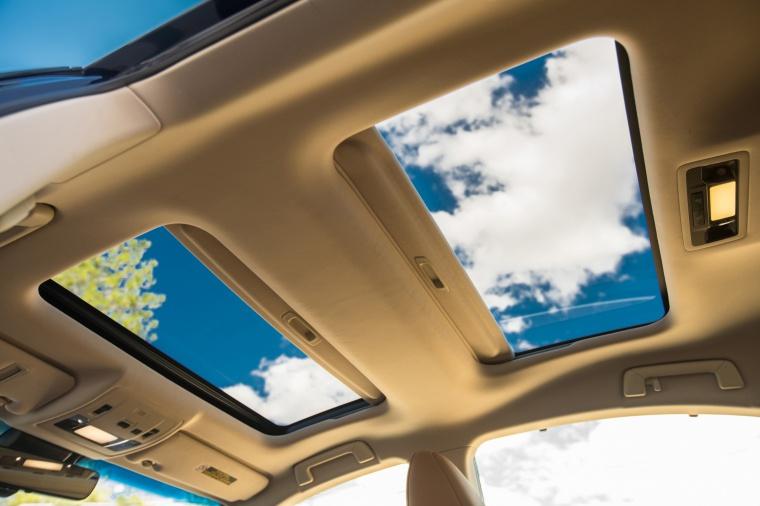 2017 Lexus ES 350 Sedan Sunroof Picture