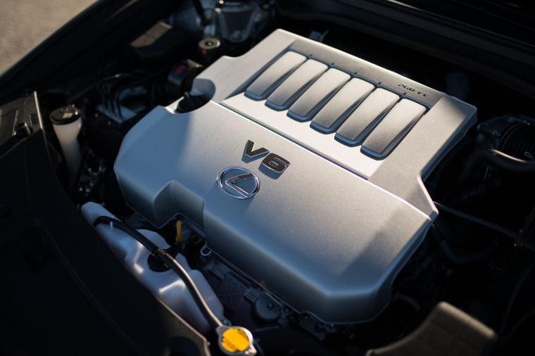 2017 Lexus ES 350 Sedan 3.5-liter V6 Engine Picture