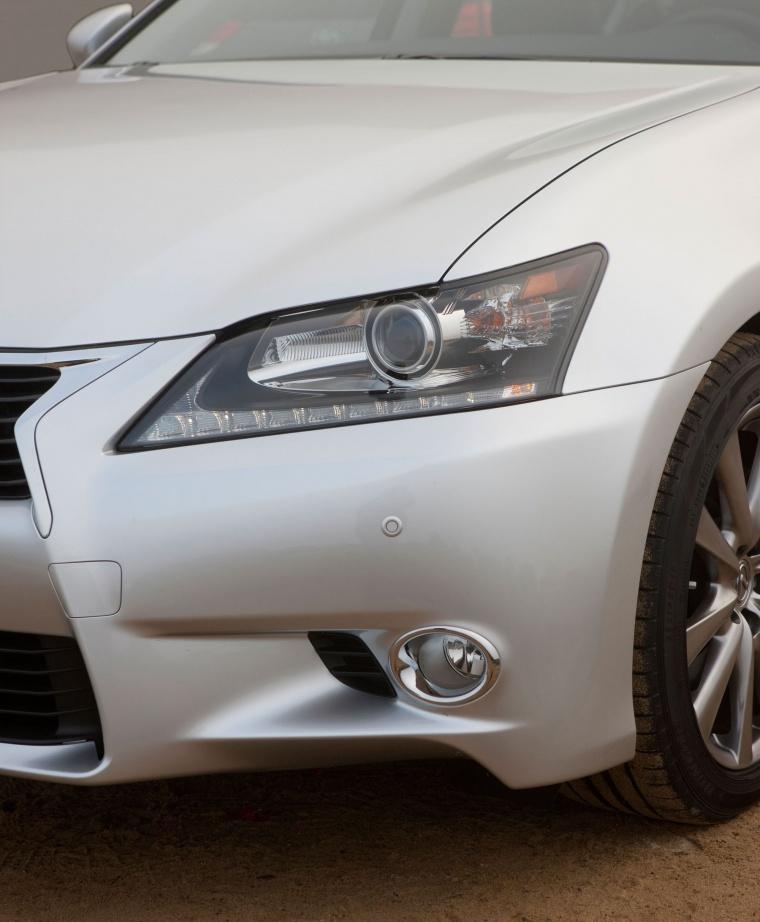 2014 Lexus GS 350 Sedan Headlight Picture