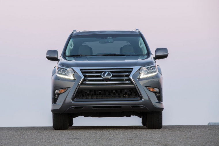 2014 Lexus GX460 in Knights Armor Pearl from a frontal view