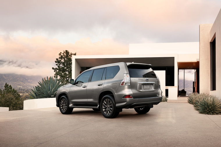Picture of a 2020 Lexus GX460 in Atomic Silver from a rear left three-quarter perspective